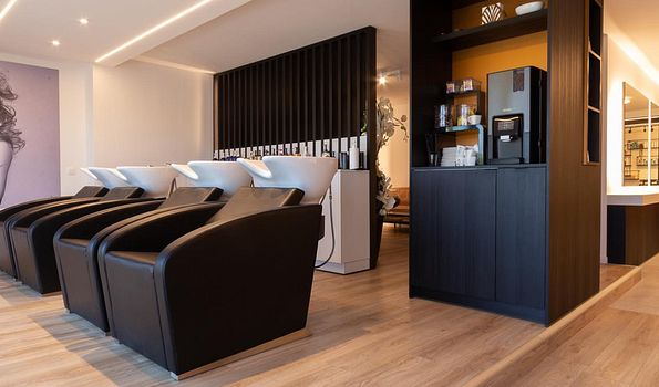 "High Level Hair & Make-Up  -  Ground Zero Barbershop, {""fr"":""Dessel"", ""nl"":""Dessel""} 