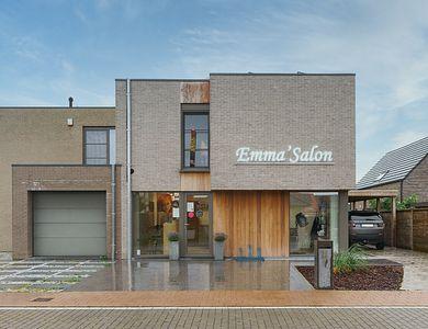 Salon - Emma' Salon