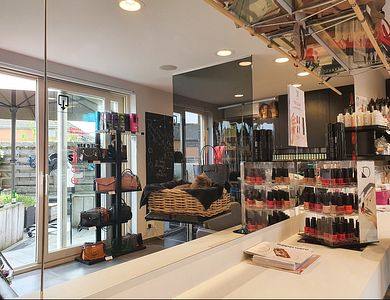 Salon - The Hairstillyst