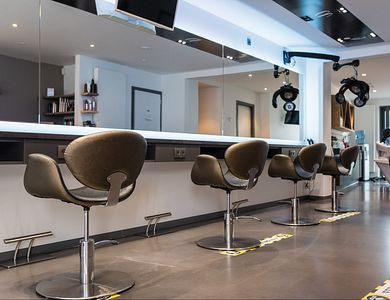 Salon - Hairstudio atLana'S