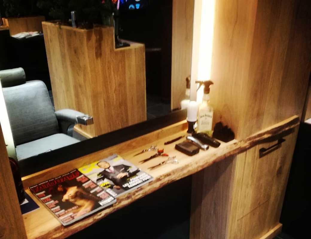 Salon - By Nino