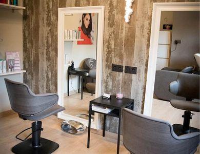 Salon - N-Art Hairstyling