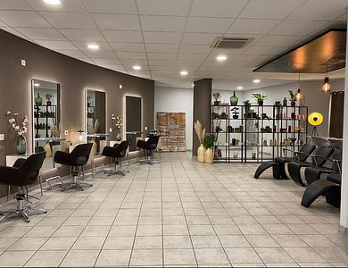 Salon - Montchoisi 27 - Coiffure / Esthétique