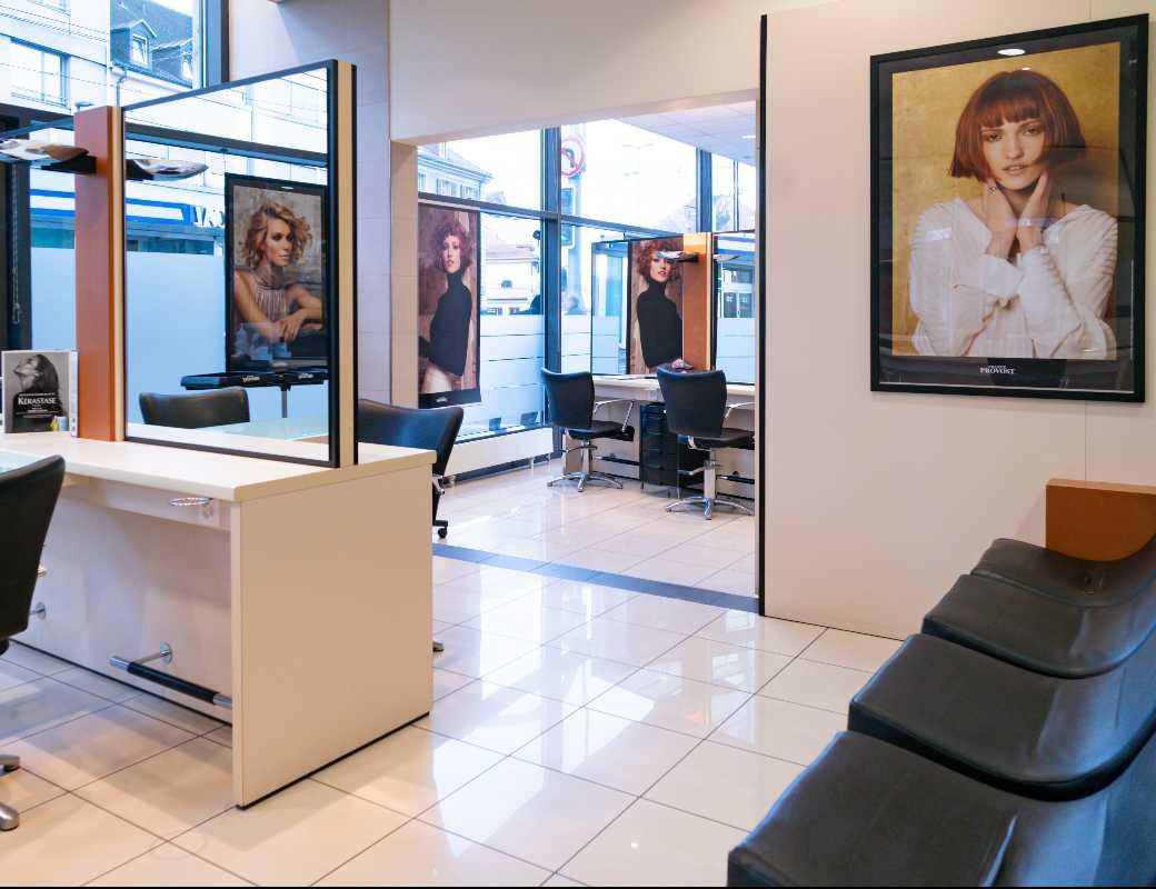 Salon - Franck Provost Chêne-Bourg