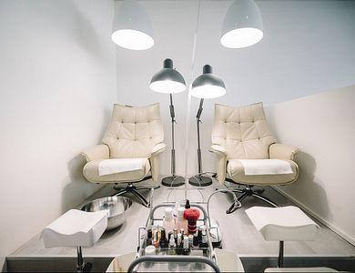 Salon - Nails and More