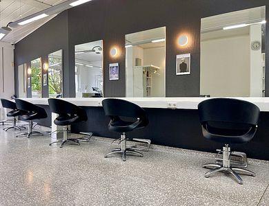 Salon - L Coiffure