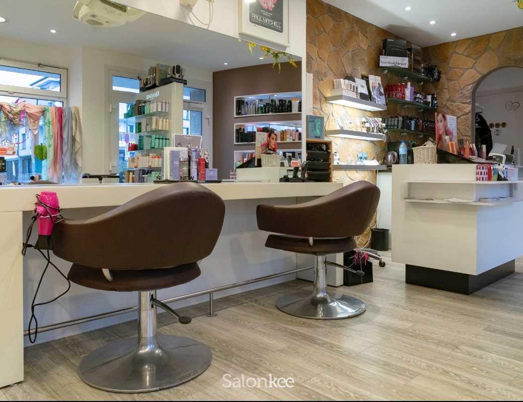Salon - Golden Cut by Conny