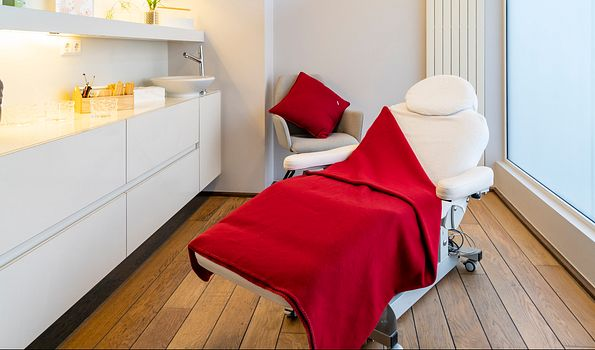 Nails & Beauty Luxembourg, Luxembourg | Salonkee