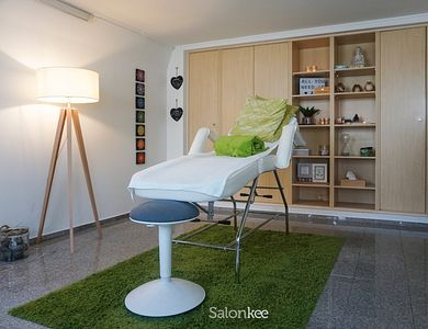 Salon - Reflexus Wellness House