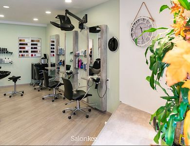 Salon - Salon Haarisch