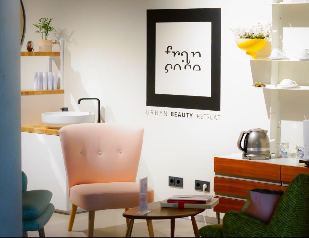 Salon - Françoise Urban Beauty Retreat