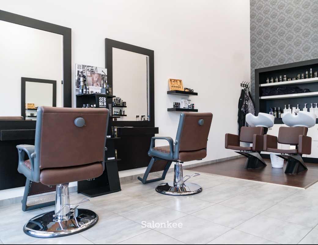 Salon - Beim Coiffeur