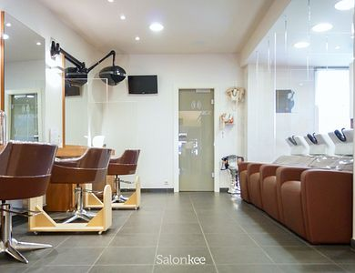 Salon - Backstage Atelier Coiffure