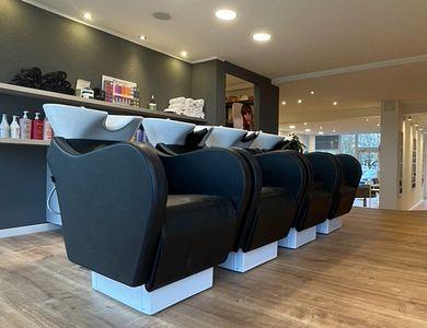 Salon - Leeloo by Chris - Moutfort