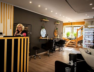 Salon - In Beauty