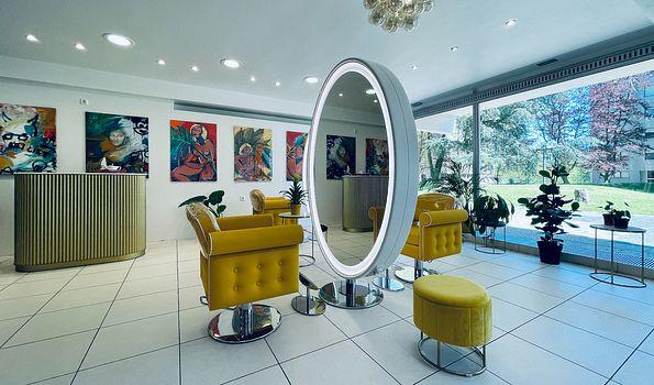 "Maison De L'Art, {""fr"":""Luxembourg""} | Salonkee"